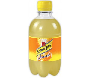 Schweppes Arancia Pet 33 Cl